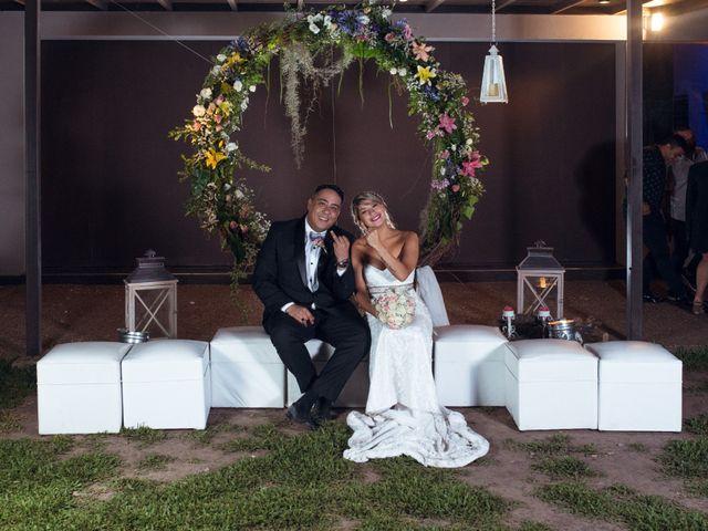 El casamiento de Gabriel y Evelyn en Funes, Santa Fe 46