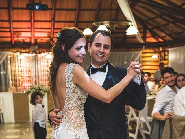 El casamiento de Luciano y Natalia en Burzaco, Buenos Aires 46