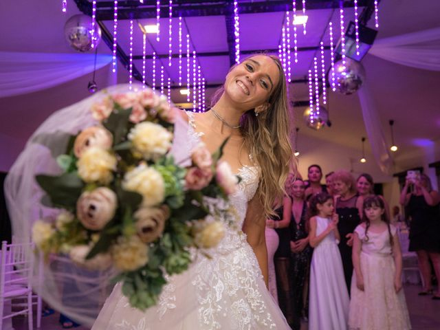 El casamiento de Juan y Estefania en Olivos, Buenos Aires 42