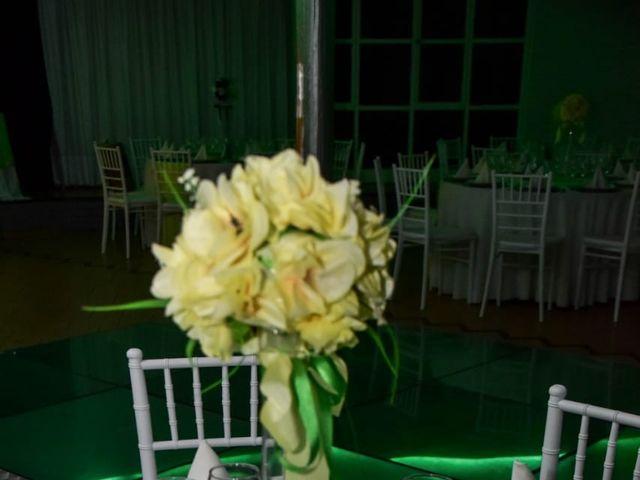 El casamiento de Martín y Maru en Villa Luzuriaga, Buenos Aires 12
