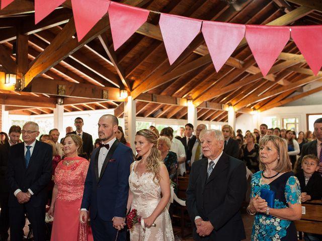 El casamiento de Ale y Gaby en Castelar, Buenos Aires 47
