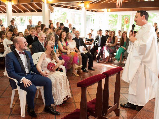 El casamiento de Ale y Gaby en Castelar, Buenos Aires 49