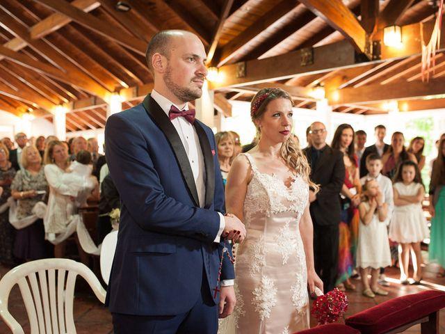 El casamiento de Ale y Gaby en Castelar, Buenos Aires 50