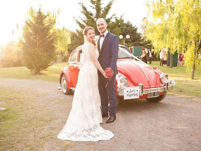El casamiento de Ale y Gaby en Castelar, Buenos Aires 74