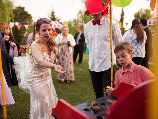 El casamiento de Ale y Gaby en Castelar, Buenos Aires 87