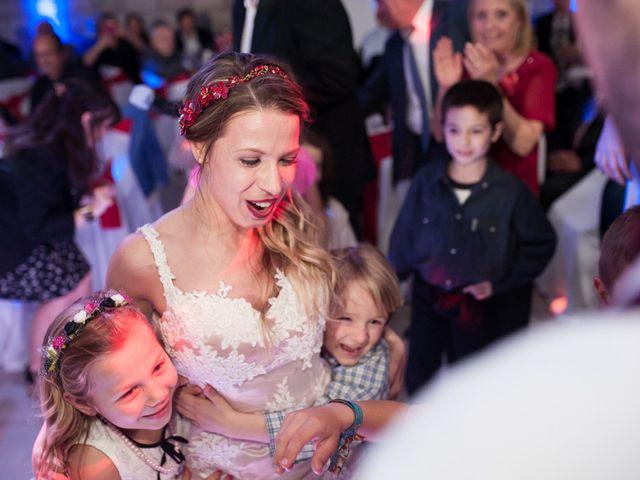 El casamiento de Ale y Gaby en Castelar, Buenos Aires 100