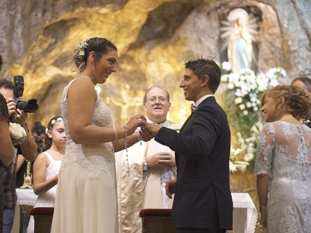 El casamiento de María Laura y Leonardo en Rosario, Santa Fe 6