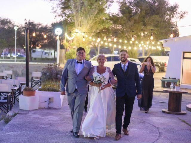 El casamiento de Adrián y Eugenia en Puerto Madryn, Chubut 14