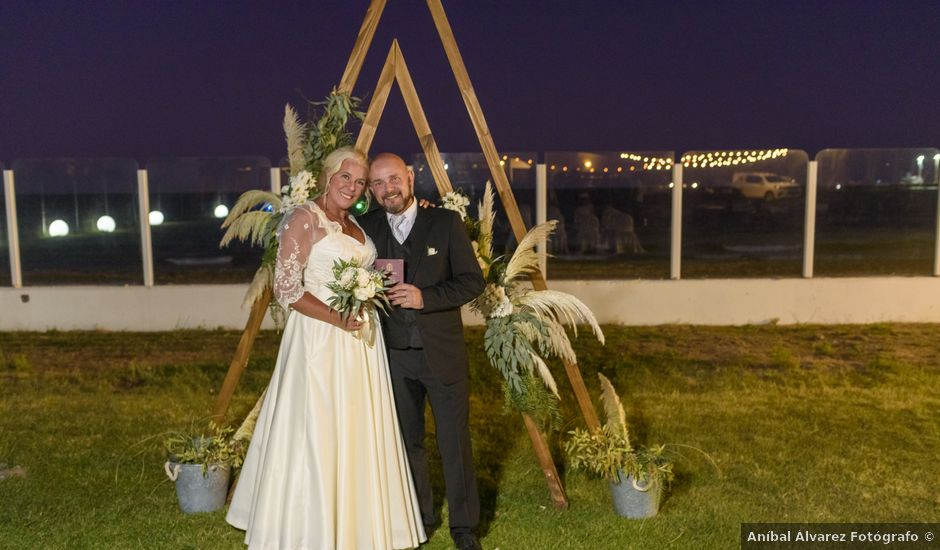 El casamiento de Adrián y Eugenia en Puerto Madryn, Chubut