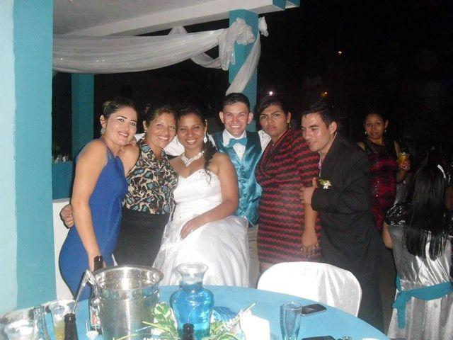 El casamiento de Yolis y Gustavo en Venezuela, Chaco 28