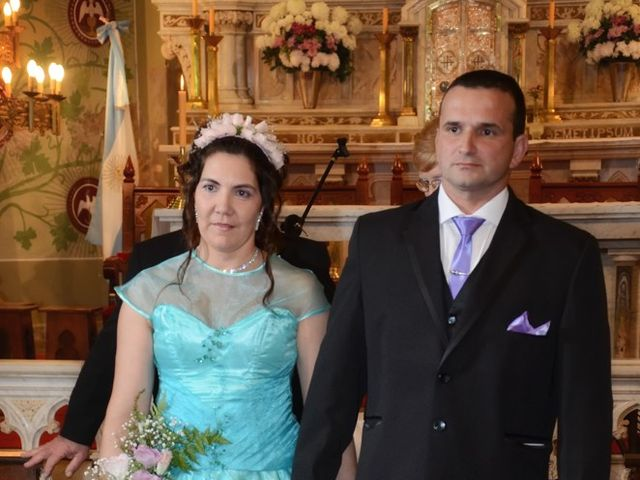 El casamiento de Gustavo y Dafne en San Jerónimo Norte, Santa Fe 41