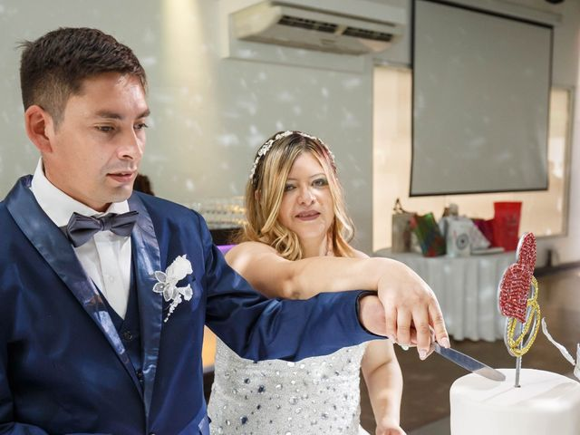 El casamiento de Juan Carlos  y Nélida  en Villa de Mayo, Buenos Aires 20