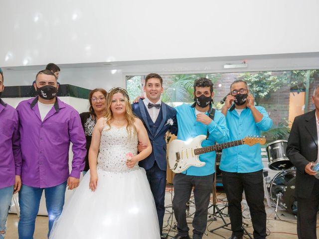 El casamiento de Juan Carlos  y Nélida  en Villa de Mayo, Buenos Aires 29