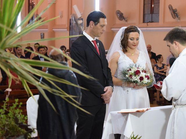 El casamiento de Adrián y Gabi en Parana, Entre Ríos 3