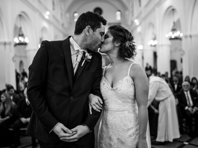 El casamiento de Hernán y Ailen en Banfield, Buenos Aires 25