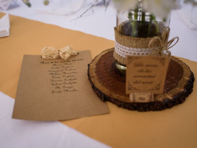 El casamiento de Diego y Daniela en Moreno, Buenos Aires 16