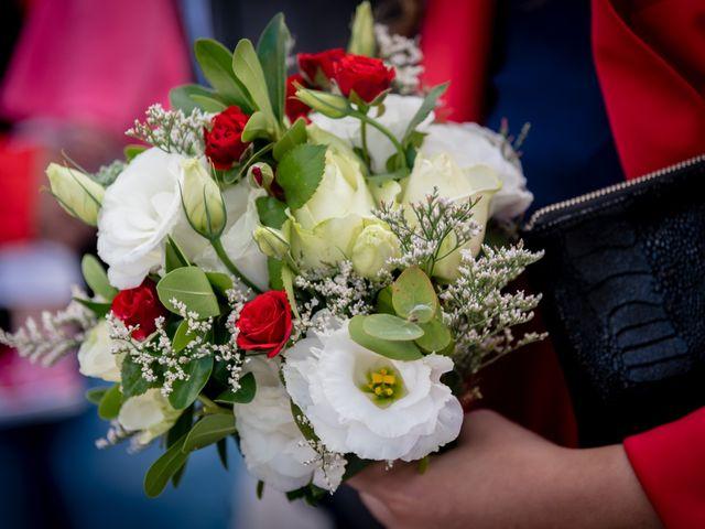 El casamiento de Leo y Rosario en Wilde, Buenos Aires 8