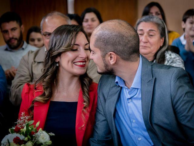El casamiento de Leo y Rosario en Wilde, Buenos Aires 12