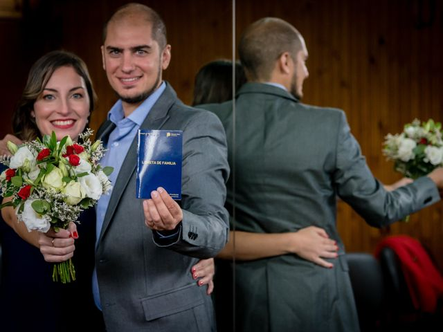 El casamiento de Leo y Rosario en Wilde, Buenos Aires 15