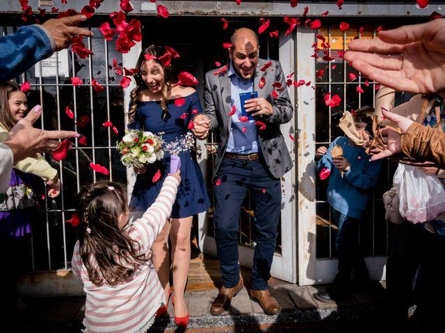 El casamiento de Leo y Rosario en Wilde, Buenos Aires 16