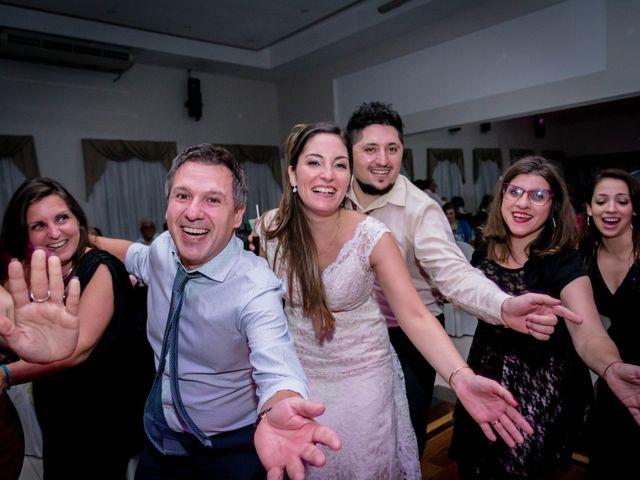 El casamiento de Leo y Rosario en Wilde, Buenos Aires 99
