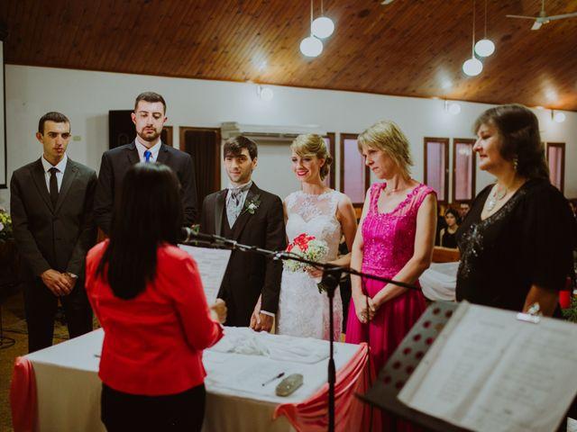 El casamiento de Aristides y Ariceldis en Montecarlo, Misiones 40