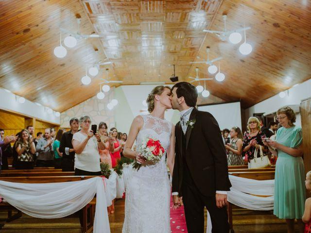 El casamiento de Aristides y Ariceldis en Montecarlo, Misiones 58