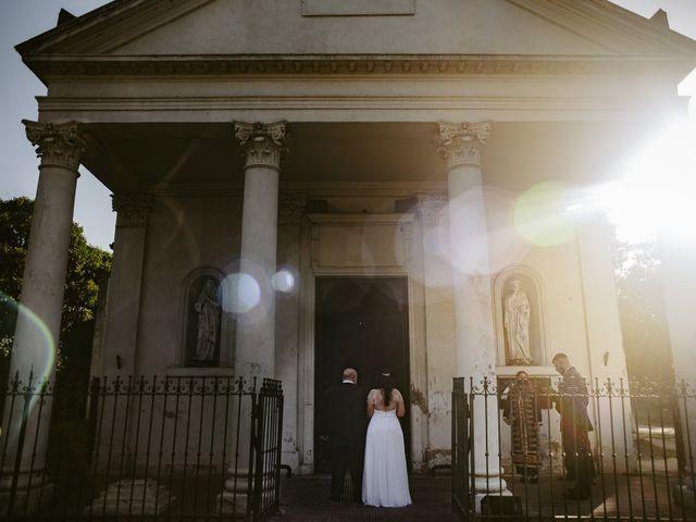 El casamiento de Ariel y Ivana en Burzaco, Buenos Aires 41