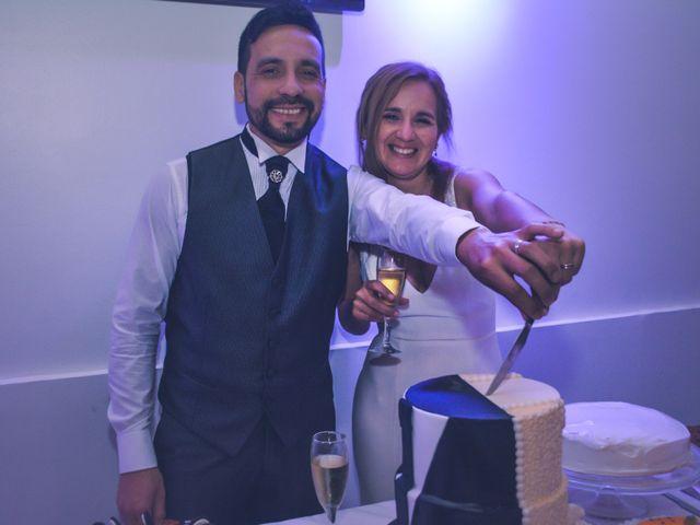 El casamiento de Gabriel y Vanesa en Rosario, Santa Fe 20