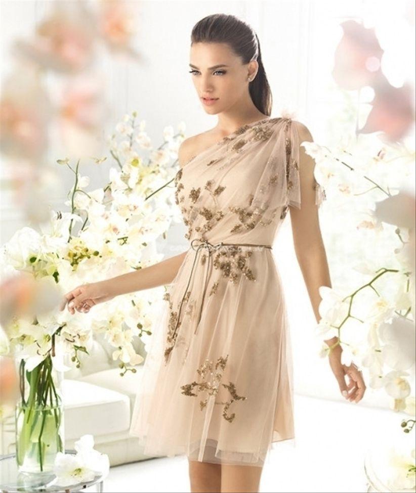 Vestidos para bodas cortos 2013