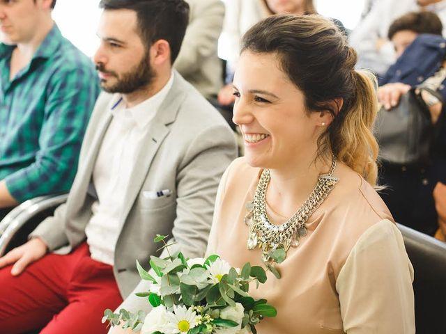 30 vestidos de novia para el civil con un toque de color