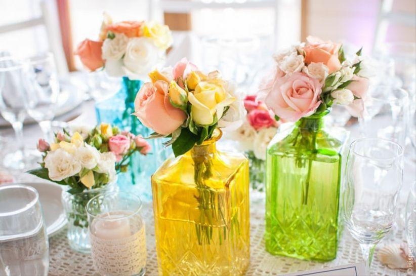 12 ideas baratas para decorar con frascos y botellas for Ideas baratas para decorar