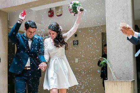 Ramo de novia para el civil: 4 formas de combinarlo con tu look