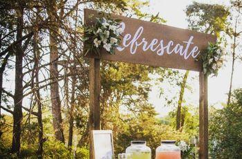 Estaciones de jugos y limonadas para casamientos al aire libre, ¡a refrescarse!