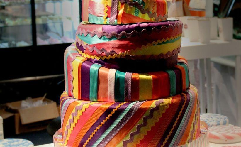 Diferentes decoraciones para la torta del casamiento