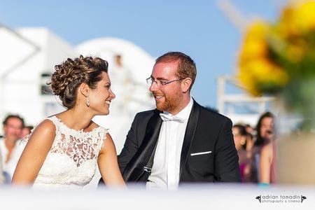 El casamiento de Marta y Miguel, un enlace íntimo en Santorini