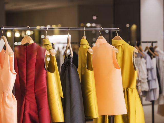 Alquiler de vestidos de fiesta: una alternativa para invitadas prácticas