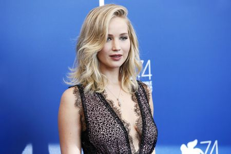 ¡Jennifer Lawrence está comprometida!