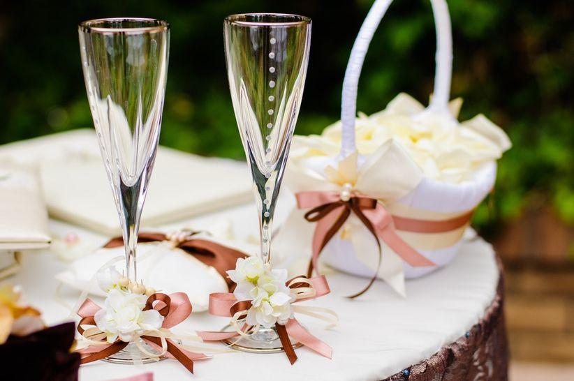 Ideas para decorar las copas de los novios - Como decorar copas para boda ...
