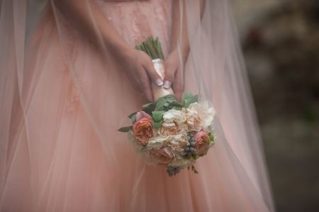 Sumate al rosa con tu look de novia