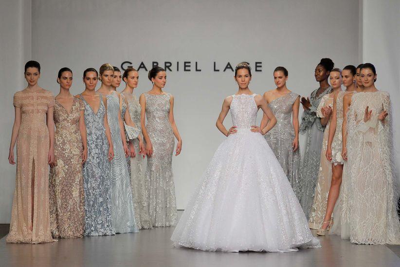 22ff5b929 Gabriel Lange 2018  vestidos de novia y fiesta en pasteles