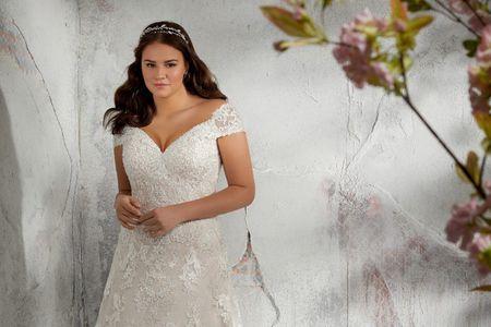 Vestidos de novia para talles grandes: ¡lucí tus curvas con estilo!