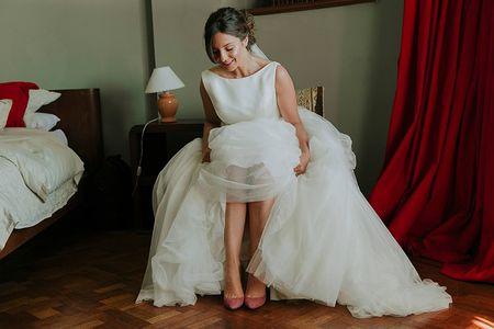 ¡Hay vida más allá del blanco! 30 ideas para usar zapatos de novia de color