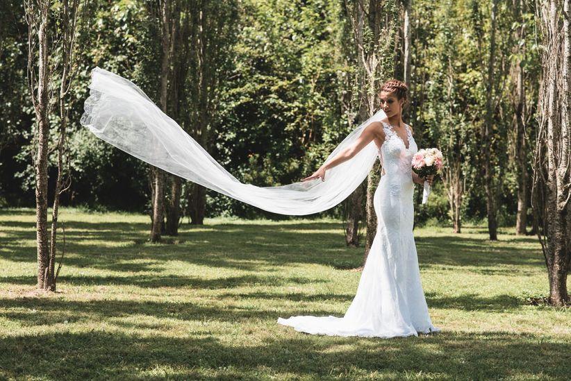 novia vestido sirena velo