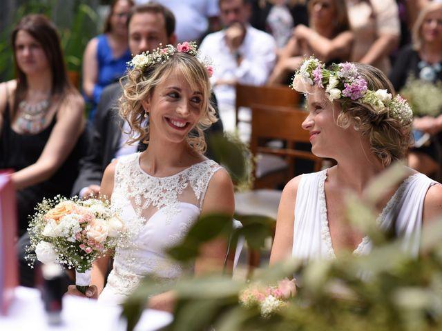 Relajado y con toques boho: así fue el casamiento de Victoria y Silvina