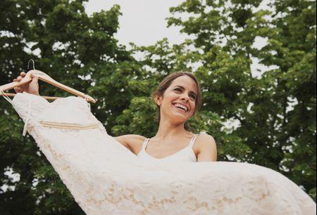 8 cosas que no debés hacer después de comprar tu vestido de novia