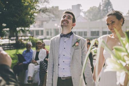 Trajes de novio informales para un casamiento casual