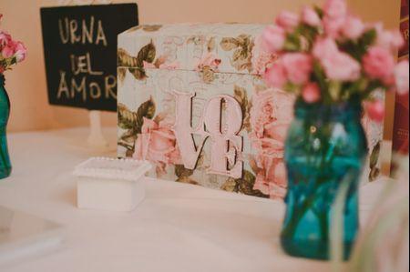 ¿Cómo incluir un buzón de regalos en el casamiento? Diseños y consejos