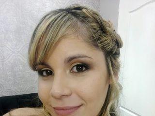 M.W Make Up 1