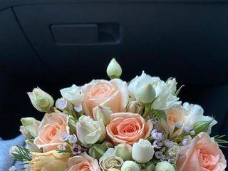 Yulisa Flowers 5